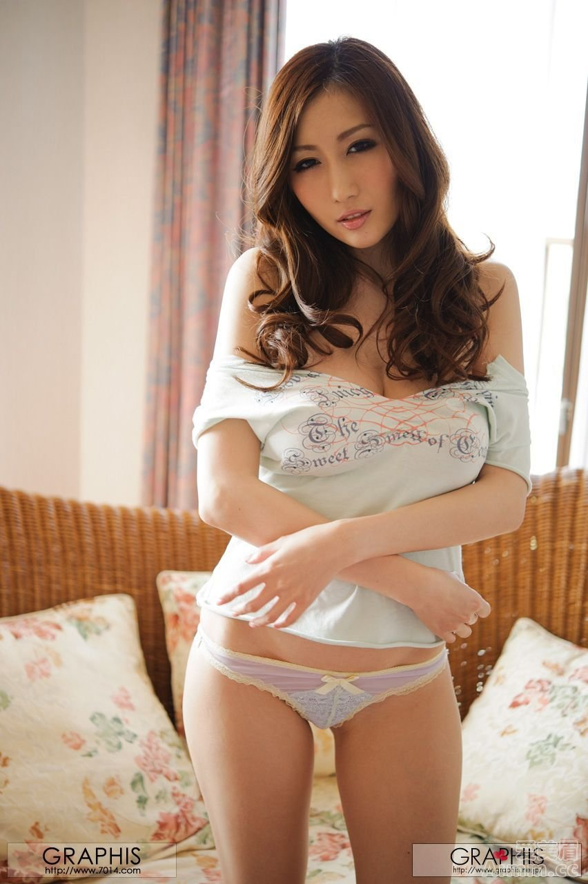 Naked amateur korean woman